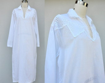 a80ed21cd5 SALE Vintage Nightgown Nightdress - Sheer Cotton   LACE EYELET - Chemise  Lingerie White Night Gown Dress - Negligee - Long Sleeve - M - L