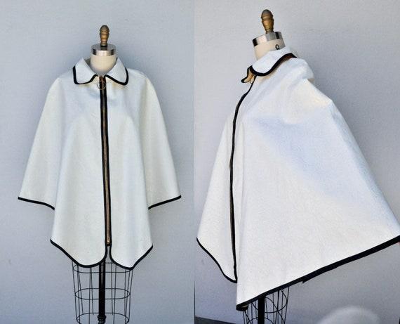 Vintage Raincoat Cape Poncho - 60s 70s Rain Poncho