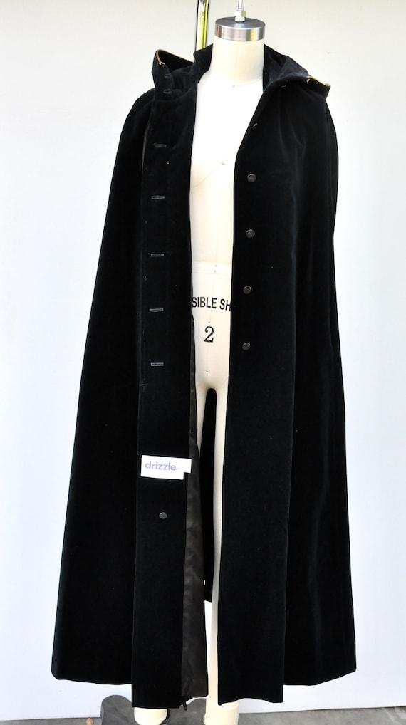 Vintage Hooded Velvet Cape Cloak - Black Velvet C… - image 9