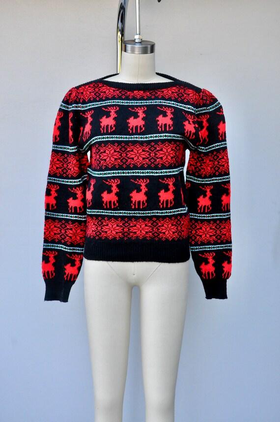 Vintage Reindeer Snow Flakes Sweater - Winter Swe… - image 9
