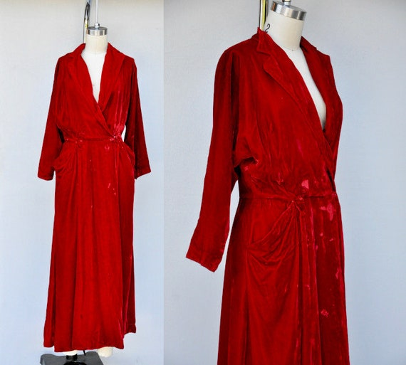 Vintage 40s Red Velvet Dress with Large Pockets -