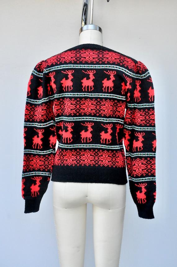 Vintage Reindeer Snow Flakes Sweater - Winter Swe… - image 5