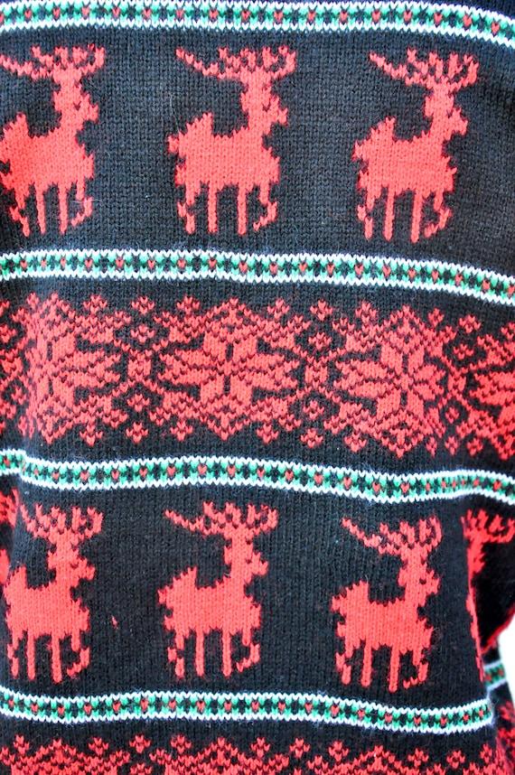 Vintage Reindeer Snow Flakes Sweater - Winter Swe… - image 4