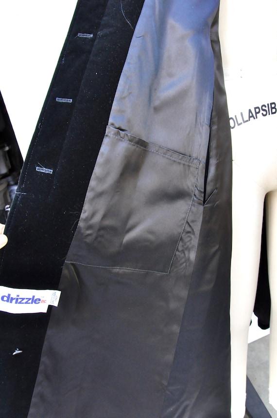 Vintage Hooded Velvet Cape Cloak - Black Velvet C… - image 6