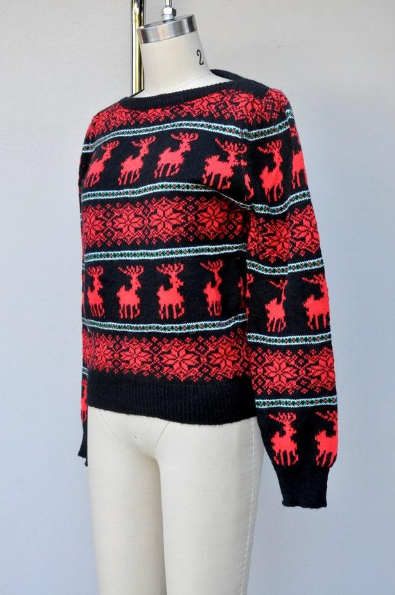 Vintage Reindeer Snow Flakes Sweater - Winter Swe… - image 7