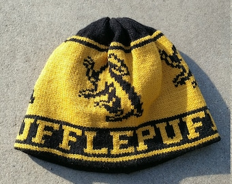 Wizard Beanie Hat: Gold and Black, Badger, Medium