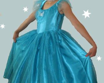 Girl's blue Cinderella costume and Tiara size 7