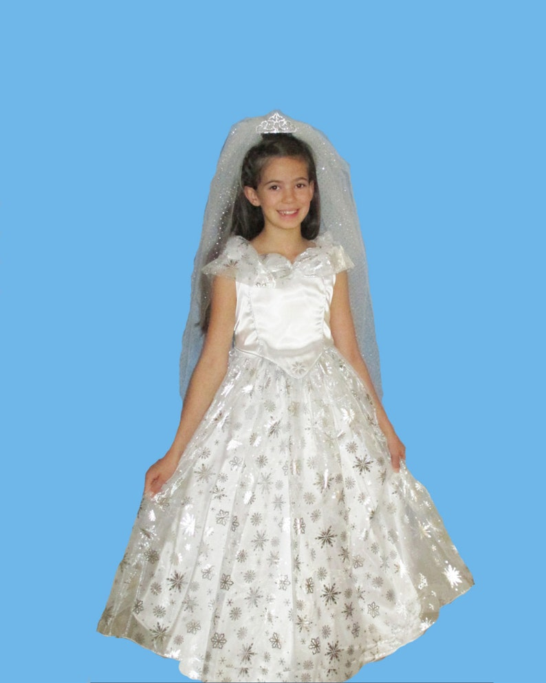 Girl's Satin Christmas costume a bride's dress or a image 0