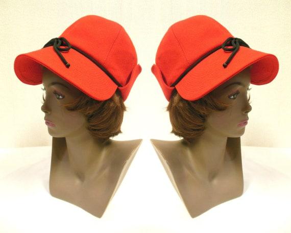 1970s Yves Saint Laurent Fashionare Deerstalker Hat  6c182a5ea86