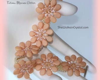 TUTORIAL - Shades of Peach Bracelet