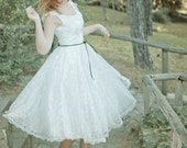 Short Tea Length Ivory Lace 50S Wedding Dress, Ivory Tea Length Dress, Handmade Bridal Short Retro Summer Beach Wedding Dress Bride Vintage
