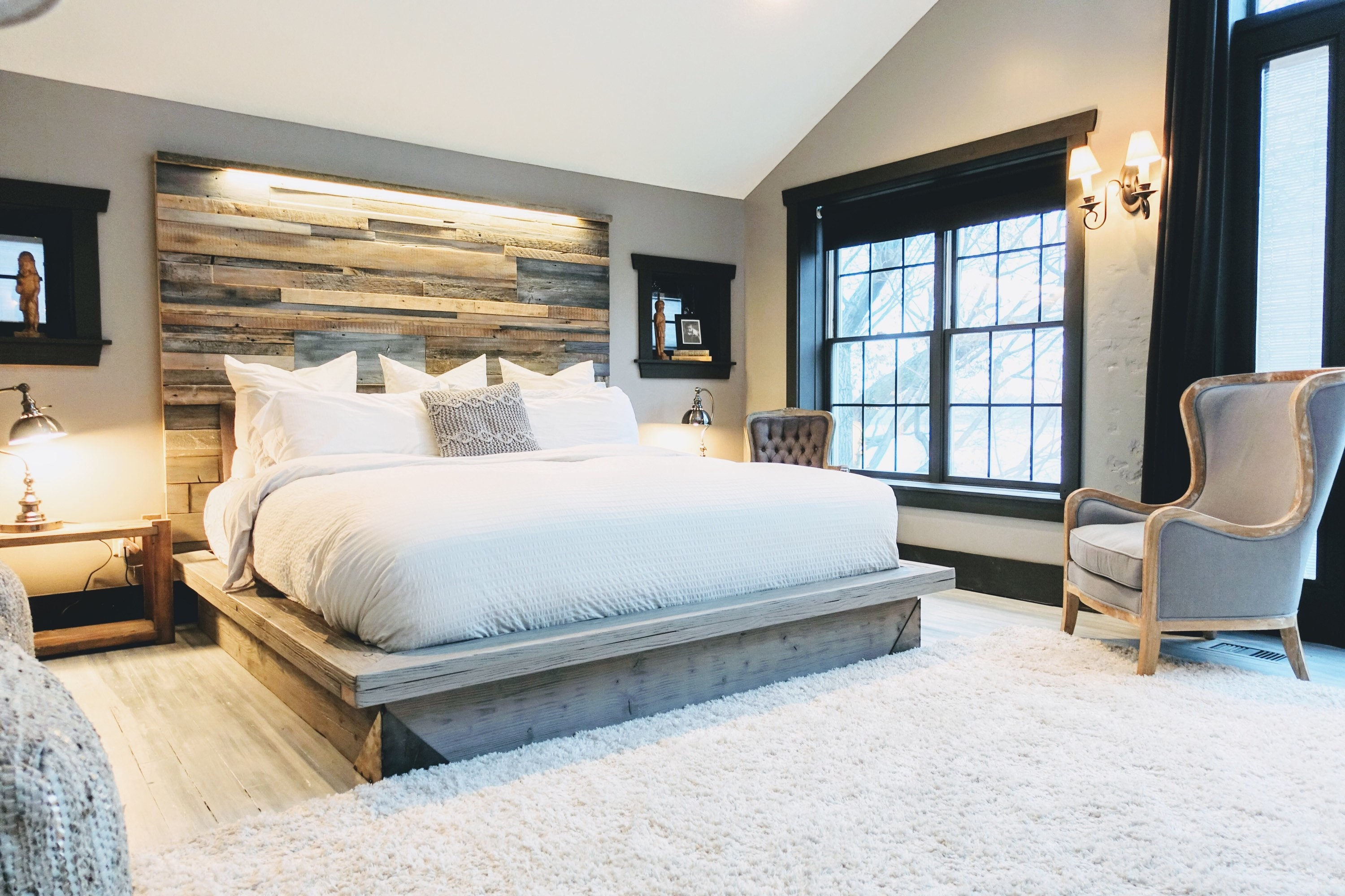 the kristopher queen size weathered driftwood finish platform bed base modern industrial steel accents lit staggered patched reclaim - Lit Queen Size