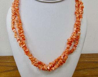 Retro Shades of Blue Plastic Beaded Necklace Item K # 2354