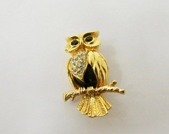 ON SALE SWAROVSKI Crystal Owl Pin Item K # 1580