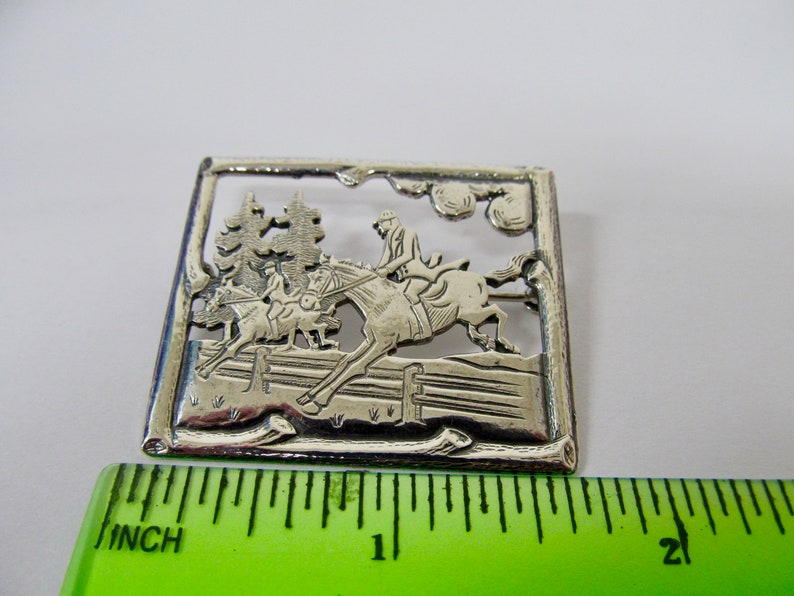 Vintage Sterling Silver Equestrian Horse Jumping Pin Item K # 2901