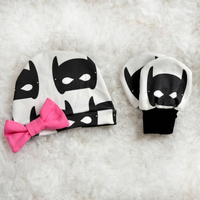 Organic Cotton Batmask newborn set Beanie and Scratch mits image 0