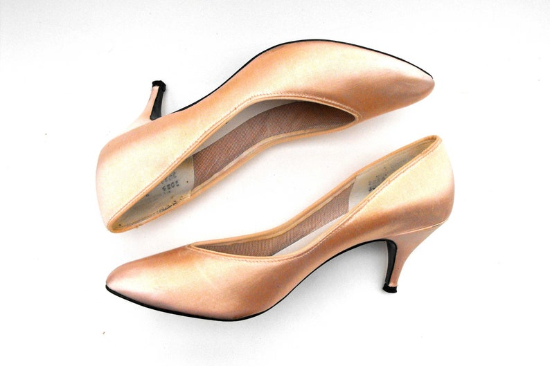 a7976129763 1980s Dance Baby Pink Pumps Vintage Dirty Dancing Dress Shoes Size 8 Pale  Peach Prom Pimento Stiletto 8M Satin Pointed Closed Toe High Heels