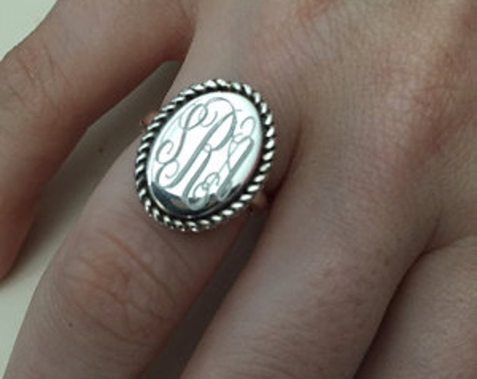 Sterling Silver Monogrammed Ring Oval with Rope Accent