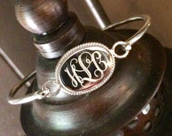 Sterling Silver Oval Monogrammed Initials Bracelet with Rope Edge