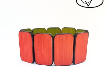 Reversible wooden coral bracelet / Lime