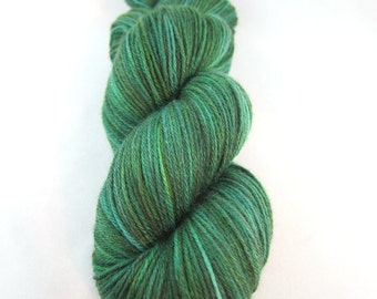 Evergreen:  green sock yarn, semisolid, emerald green, hand dyed sock yarn, handpainted yarn, merino silk yarn