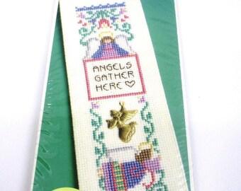 Leisure Arts Angel Keepsake Bookmark Kit Quick Counted Cross Stitch NEW