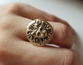 Lion medallion coin ring