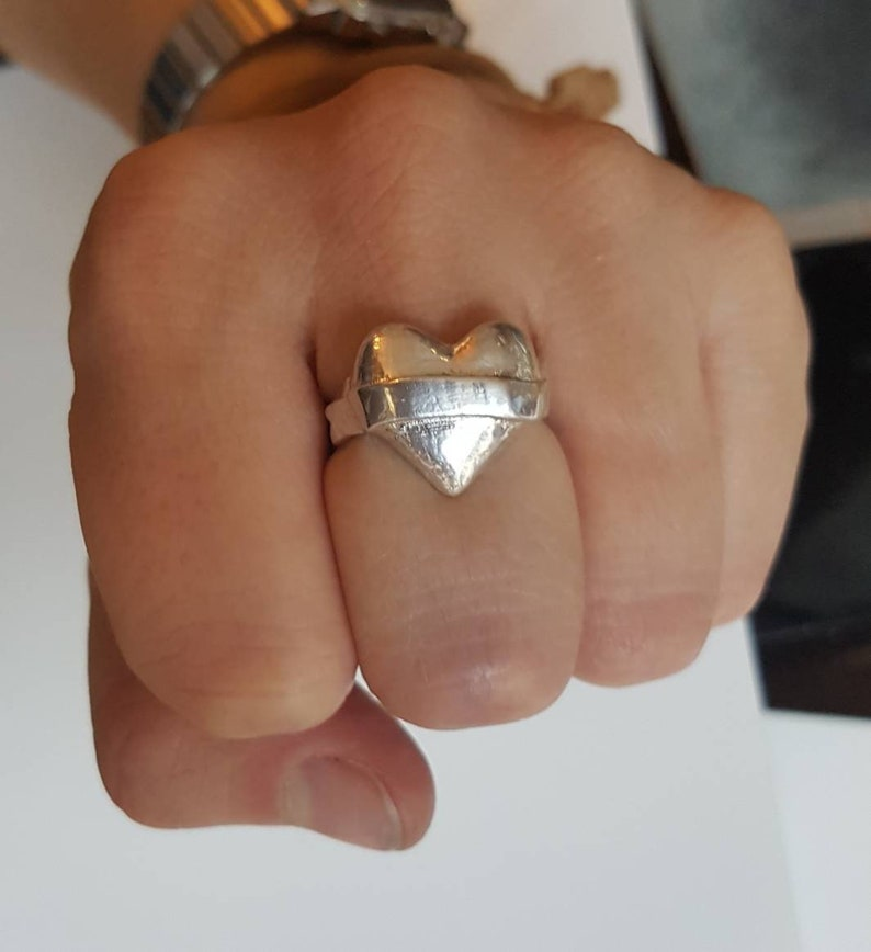 Lovers heart signet ring silver statement ring space to image 0