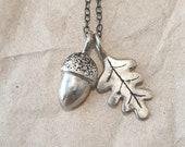 Dainty autumn acorn and leaf charm necklace