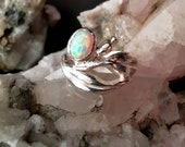 Botanical silver ring with opal stone, floral gumnut silver ring with opal, leafs silver band with shiny white opal, Australian plant life