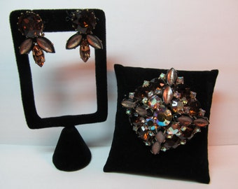 Brown & Iridescent Rhinestone 3D Pin and Earrings Set