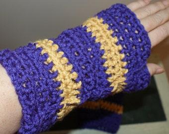 Crochet Mittens, Mens Hand Warmers, Purple Winter Mittens, Fingerless Gloves, Texting gloves, Purple Mitts, Fingerless Mittens