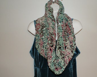 Winter Fashion Cowl, Spring Scarf, Womens Scarf, Winter Scarf, Crochet Capelet, Shoulder Warmer, Crochet Neckwarmer, Shoulder Wrap