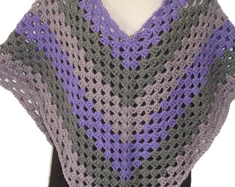 Womens Poncho, Spring Poncho, Woman Poncho, Womens Shoulder Cape, Shawls Wraps, Purple Capelet, Spring Cloak, Capelet Crochet, Cape