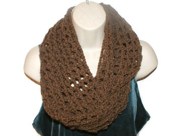 Womens Cowl, Brown Cowl, Chunky Cowl Scarf, Womens Crochet, Crochet Cowl Scarf, Unisex Scarf, Neck Warmer, Chunky Knitwear, Woman Scarf
