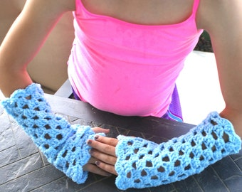 Blue Crochet Fingerless Gloves, Womens Fishnet Lace Mitts, Fancy wedding wrist warmers, Fashion Wristers, Arm Warmers, Prom Gloves