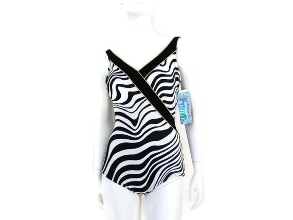 d7b7f32ca6c10 New Black and White Maillot 1 pc Bathing Suit by Roxanne