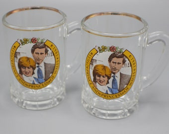 Prince Charles and Lady Diana 1981 Royal Wedding Glass Miniature Tankards Print Coming Off
