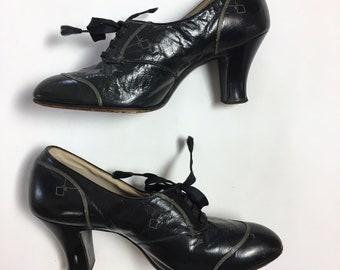 736ea4fbda21 Vintage 1930s 1920s Shoes Early 30s Lace Up Black Leather Art Deco