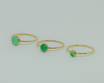 Chrysoprase Gold Solitaire Ring