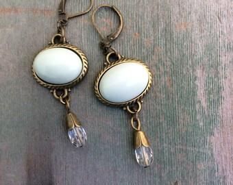Holiday Mint Earrings/Boho/High Fashion/Victorian