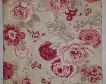 """Shabby Chic Cushion Cover in Vintage Red Roses 14"""" 16"""" 18"""" 20"""""""