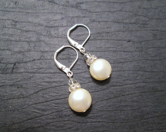 Swarovski Crystal Pearl Earrings/Bridesmaid Jewelry/ Bridal Jewelry/ Bridesmaid Earrings/ Pearl Earrings/ Pearl Jewelry/Swarovski Earrings