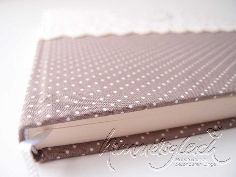 Wedding Guestbook taupe flowers