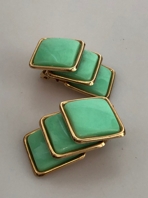 1950\u2019s Emerald and seafoam beaded clip on earrings