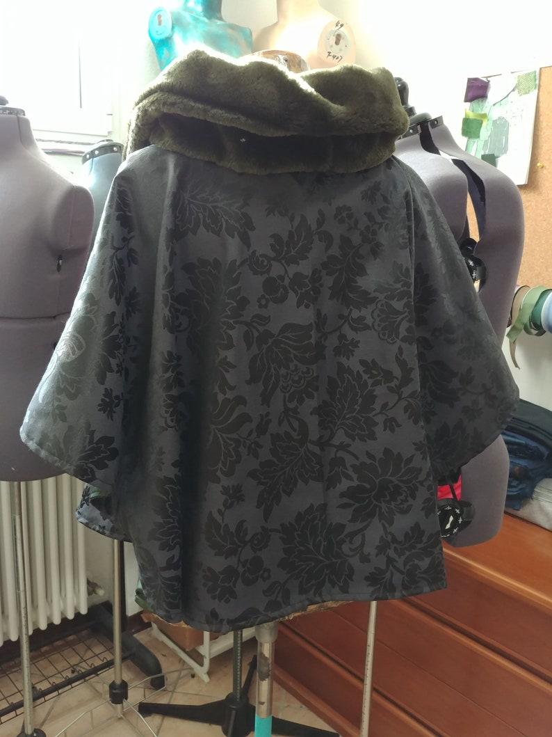 Black Jacquard Green lining cape READY FOR SHIPPING Short Cloak cape Eco Fur collar