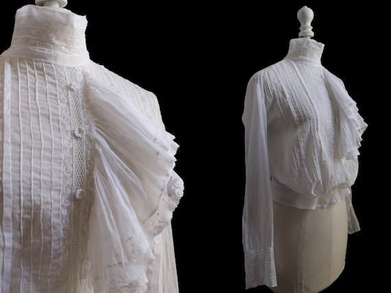 1910's Antique white blouse, cotton veil, pleated… - image 2