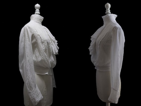 1910's Antique white blouse, cotton veil, pleated… - image 4