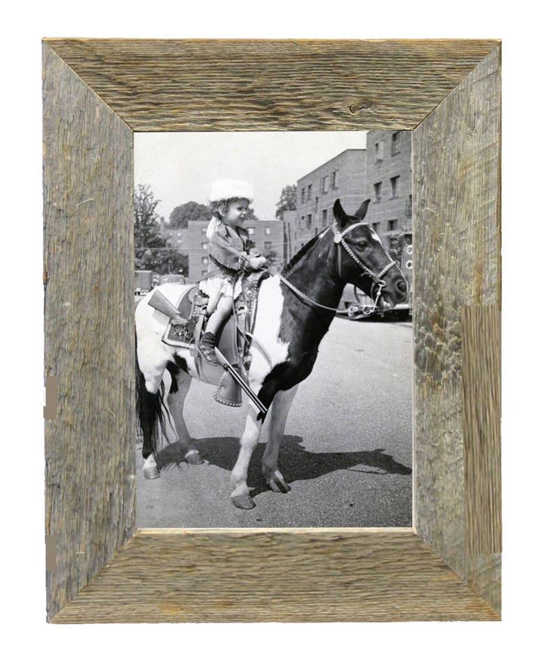 Natural barnwood photo frame image 0