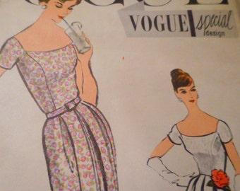 Vintage 1950's Vogue 4848 Special Design Dress Sewing Pattern Size 12 Bust 32